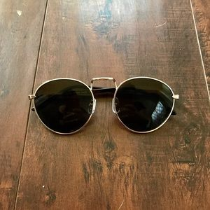 Round Brown Lens Sunglasses with Gold Detail
